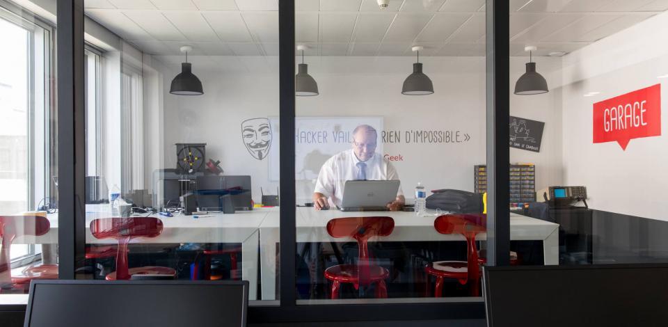 Le Booster, lab innovation. Tour Michelet, La Défense